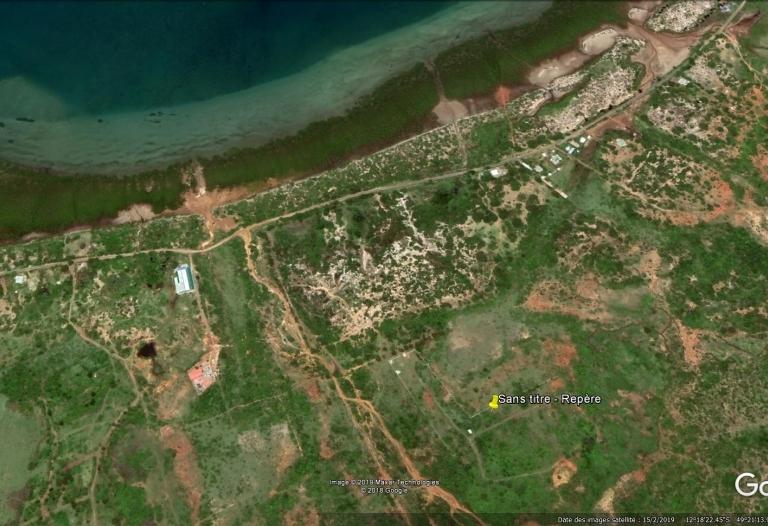 terrain N° 17 titré borné route de Ramena Diego Suarez Madagascar 1862 m²